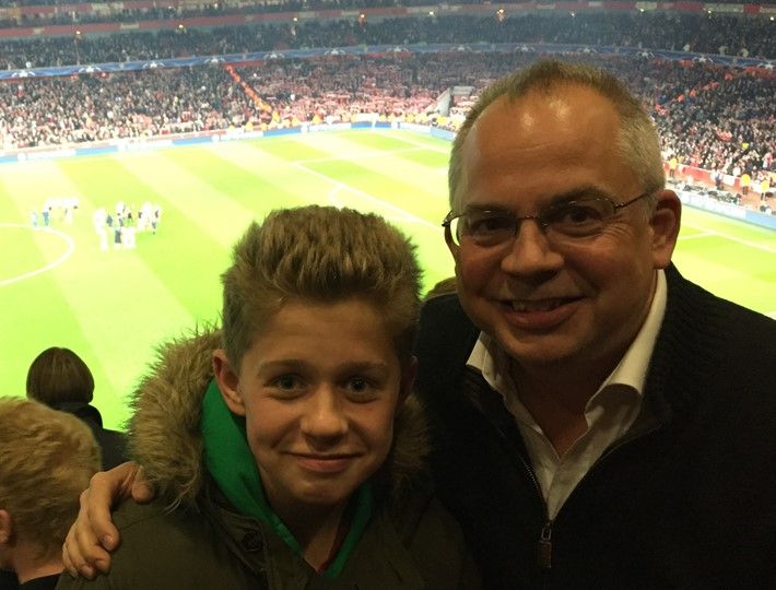 Derek Elliott 5 At the Arsenal with son.JPG